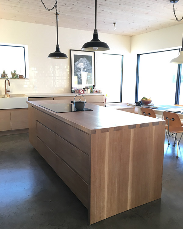 Stained Pine Kitchen Cabinets: Blue Heron EcoHaus